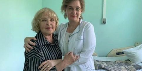 Ада Роговцева потрапила до лікарні