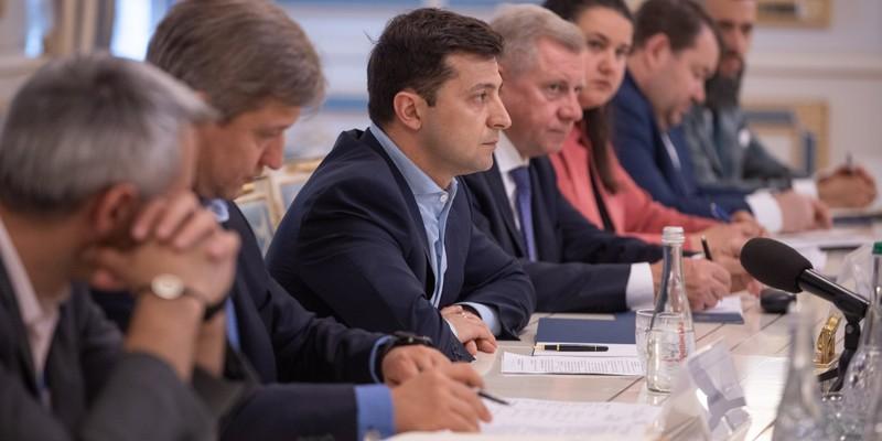 Стало відомо, куди здійснить перший закордонний візит президент Зеленський