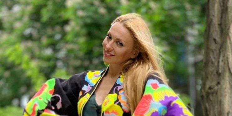Оля Полякова йде в політику