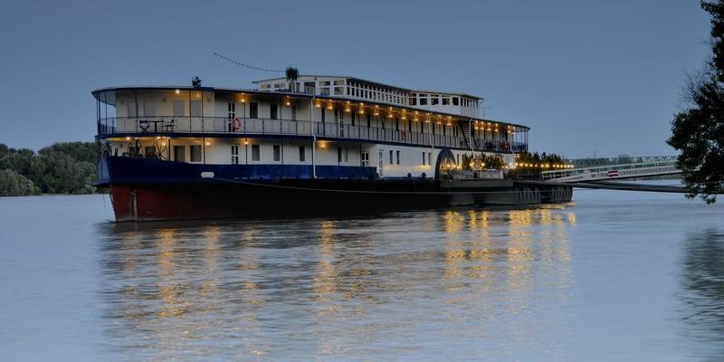 У Будапешті затонув туристичний човен: 7 загиблих, 19 зникли безвісти