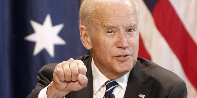 Названо лідера серед кандидатів у президенти США від Демократичної партії