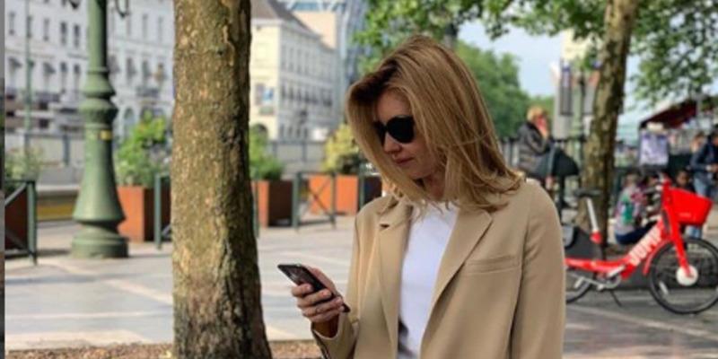 Олена Зеленська вперше поїхала за кордон в статусі першої леді