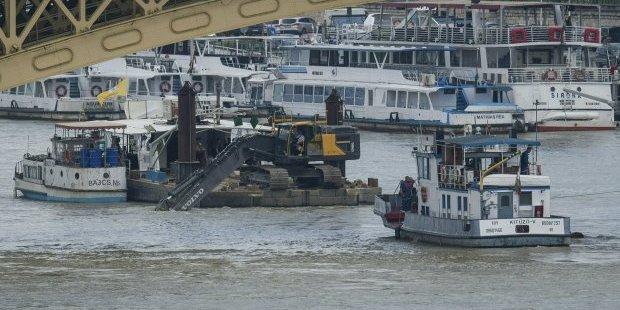 Кількість загиблих під час аварії катера у Будапешті збільшилася до 19 осіб