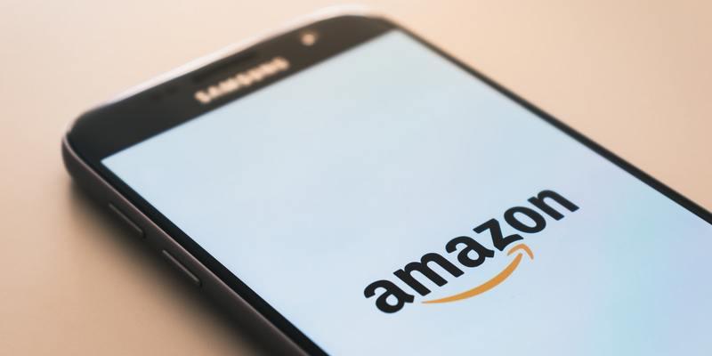 Amazon створила  пошуковик для одягу