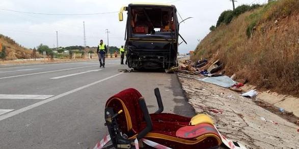 У Туреччині перекинувся туристичний автобус, є загиблі