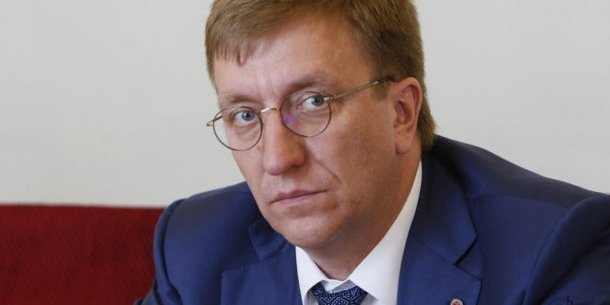 Глава Служби зовнішньої розвідки Бухарєв за рік зробив доньці подарунків на 15 мільйонів гривень