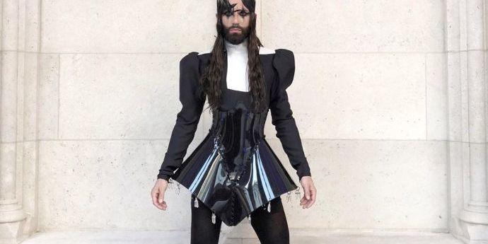 Колготи на все тіло: Кончіта Вурст вражає стилем одягу (фото)
