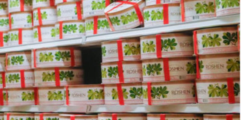 Рішення суду: тільки торти Roshen можна перев'язувати червоною стрічкою