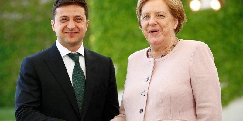 Зеленський у Берліні зустрівся з Ангелою Меркель (відео)