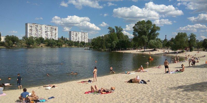 Де відпочити у спеку в Києві: найкращі пляжі столиці