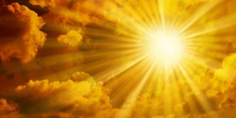 Погода: на заході дощитиме, в інших областях - сухо і сонячно, температура до +34