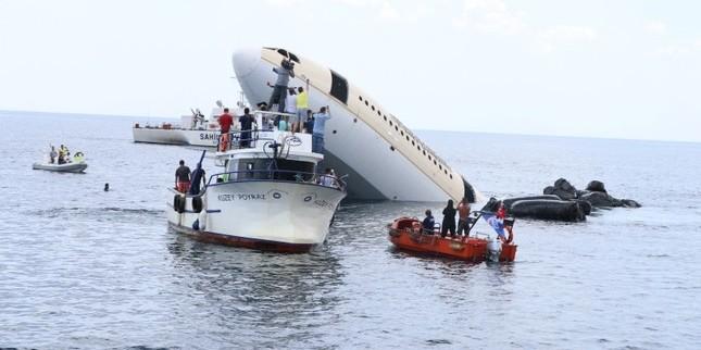 У Туреччині затопили літак задля приваблення туристів