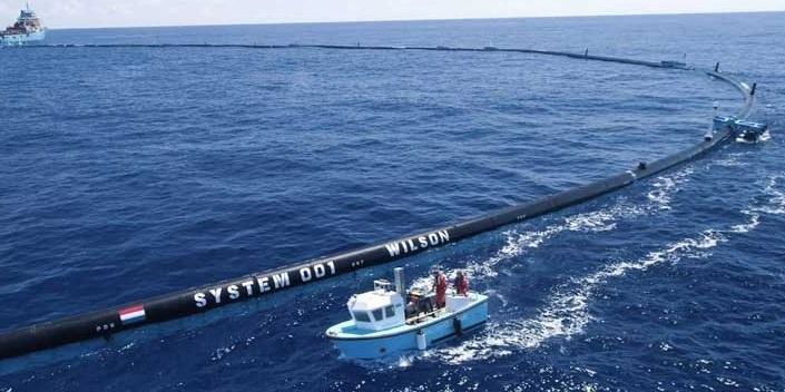 В Тихий океан запустили 600-метрову плаваючу установку для вилову сміття