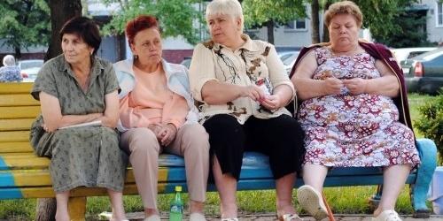 В Україні жінок пенсійного віку майже у 2 рази більше за чоловіків