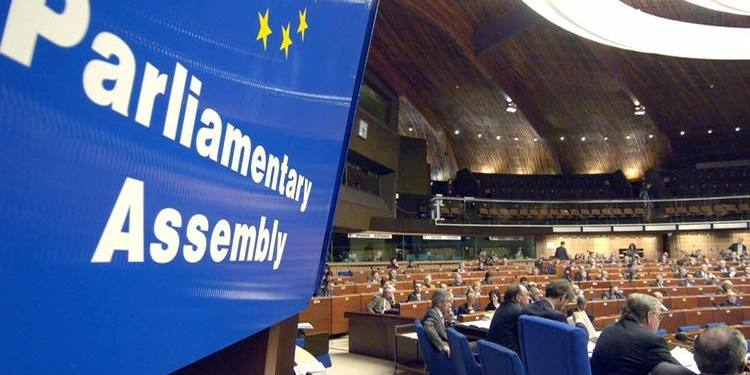 «Рішення ПАРЄ - перший серйозний дипломатичний удар, який отримала Україна за останні п'ять років», - Порошенко