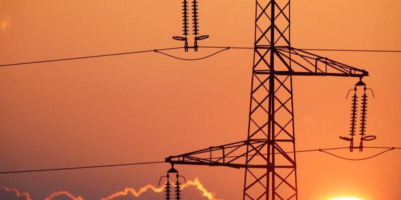 Ціни на електрику для невеликих підприємств зростуть на 15-25% з 1 липня, — ЗМІ