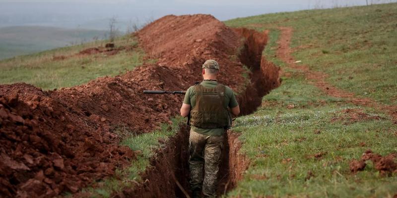 Бойовики 32 рази обстріляли українські позиції в районі ООС: втрат немає