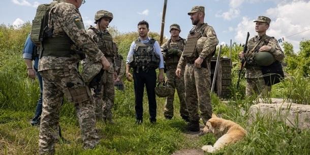 Зеленський: У Станиці-Луганській розвели сили, крихка надія з'явилася (відео)