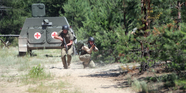 Медики не повинні ставати ціллю: Волкер відреагував на обстріл біля Водяного