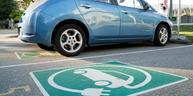 Євросоюз зобов'язав нові електромобілі оснащувати генераторами шуму мотора