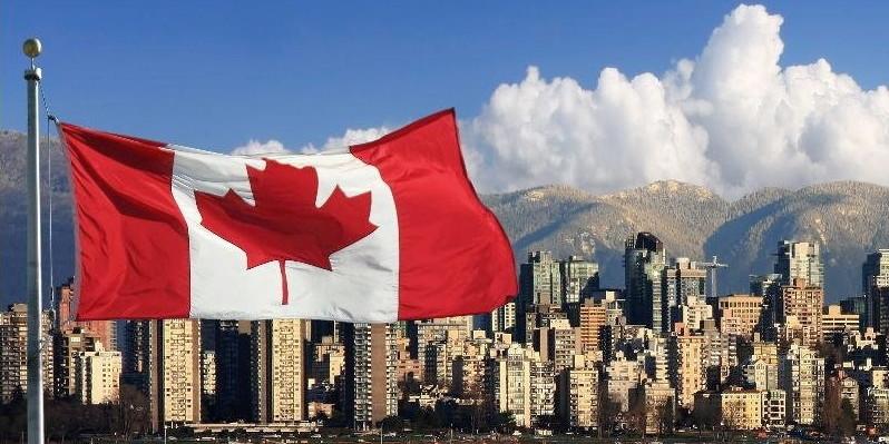 Українцям можуть дозволити відвідувати Канаду із електронними візами