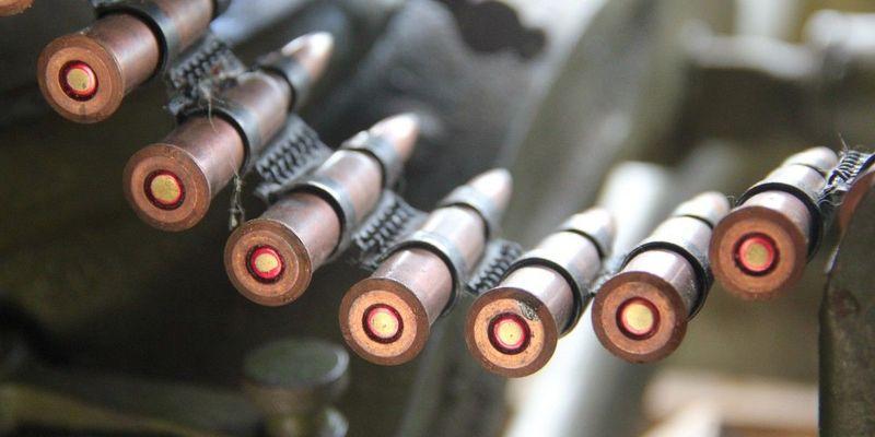 Доба на Донбасі: ворог бив із забороненої артилерії, постраждали п'ятеро військових