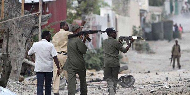 В Сомалі терористи підірвали готель, щонайменше 10 загиблих