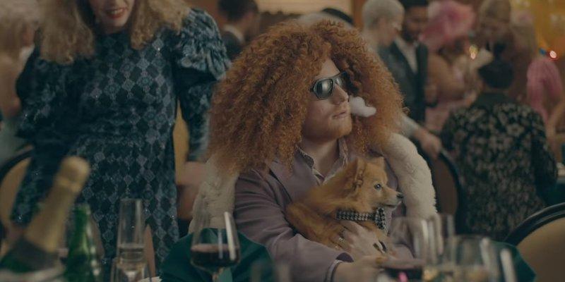Ед Ширан і Тревіс Скотт постали в різних образах у кліпі на пісню Antisocial (відео)