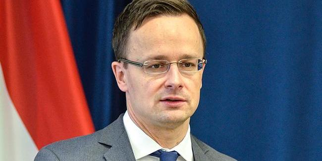 На Закарпаття приїхав глава МЗС Угорщини Сіярто