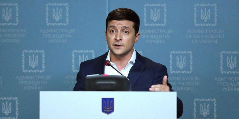 Зеленський жорстко розкритикував Парубія за відмову скликати засідання Ради