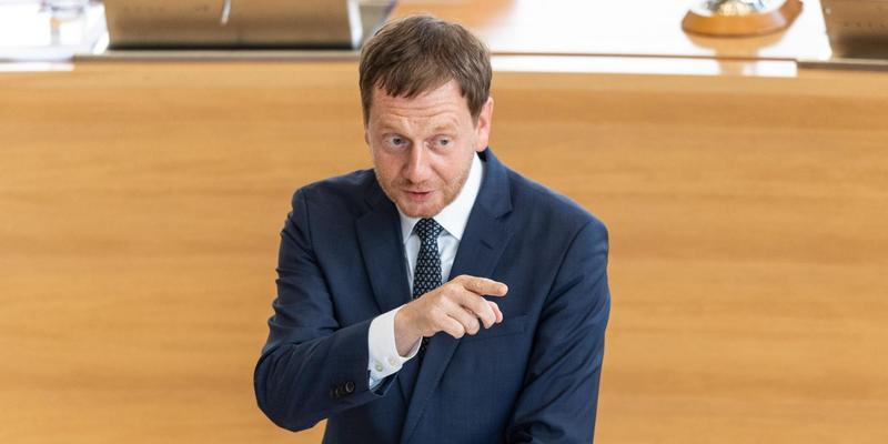 Прем'єр-міністр Саксонії закликав зняти санкції з РФ