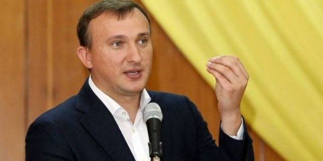 Екс-меру Ірпеня Карплюку, який балотується в Раду, анонсували підозру
