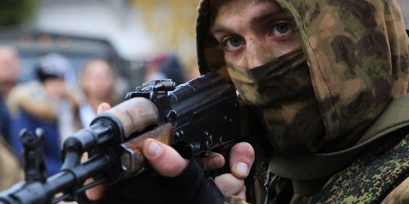 ООС: В окупований Донецьк прибули групи російських снайперів