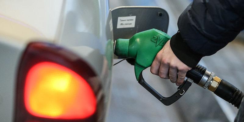 В Україні бензин виявився найдорожчим у світі