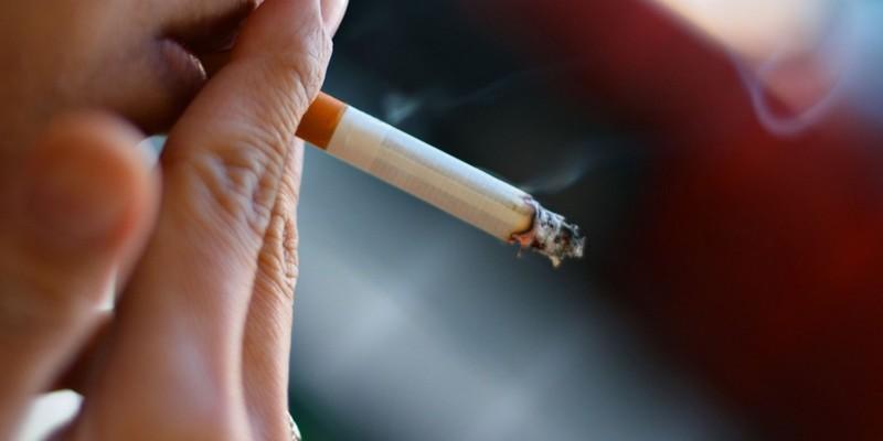 За півроку в Києві оштрафували більше 4 тисяч осіб, які палили у заборонених місцях