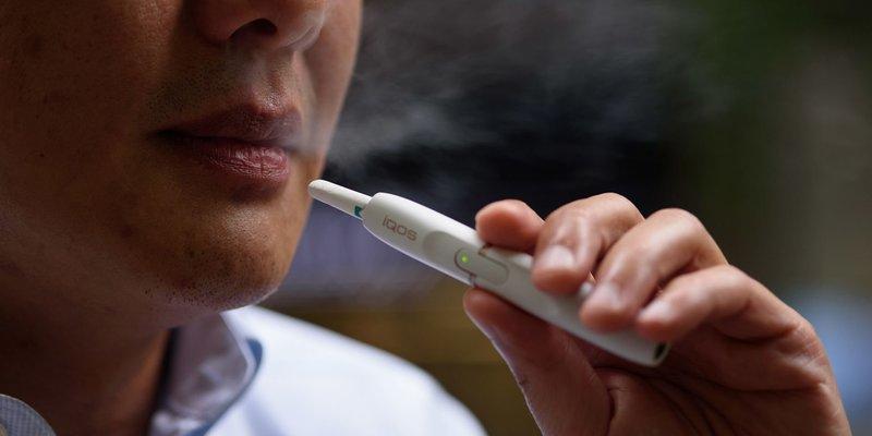 Кожен п'ятий підліток в Україні курить електронні сигарети, - BneIntelliNews