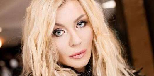 Скандальна українська співачка хоче миру з Росією