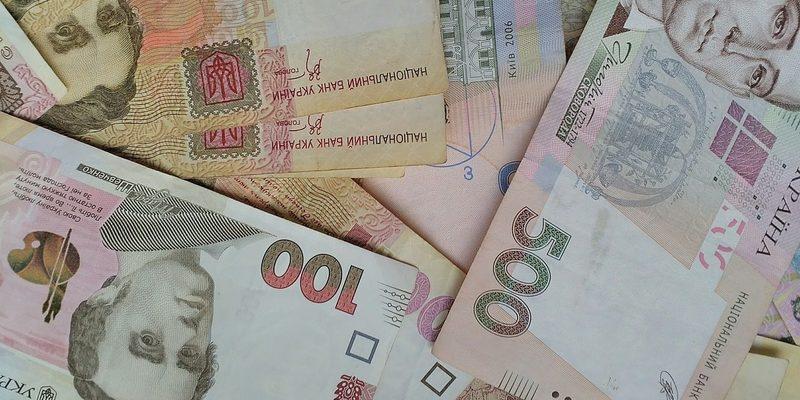 Гривня частково відіграла падіння щодо долара, – НБУ