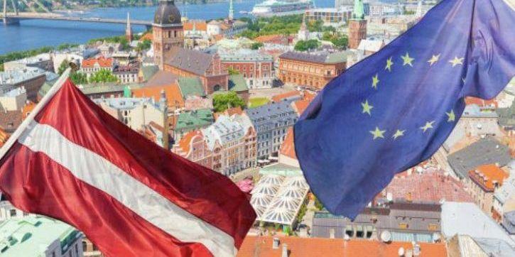 Латвія не визнаватиме російські паспорти, що видаються жителям «ДНР» і «ЛНР»