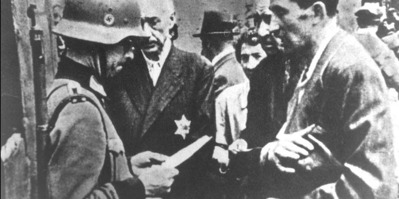 Звертайтесь до Німеччини: Польща закрила питання реституції єврейської власності