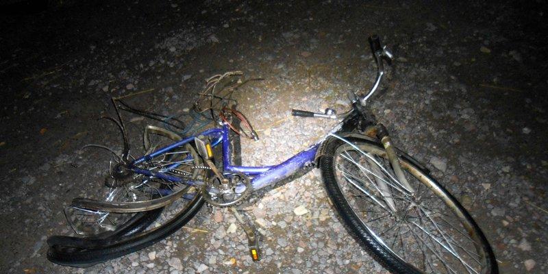У Рівненській області п'яний 15-річний підліток на батьковому авто збив на смерть велосипедиста