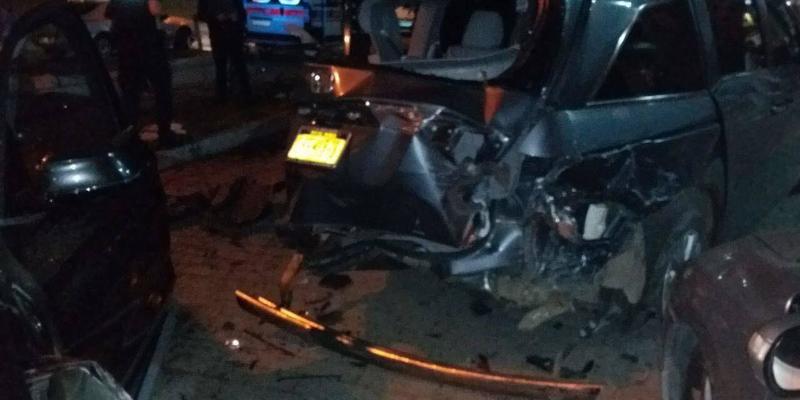 В Івано-Франківську 20-річна водійка пошкодила чотири припаркованих автівки