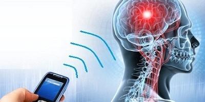 Заберіть мобільний: гаджет, що знаходиться на відстані руки, може викликати проблеми