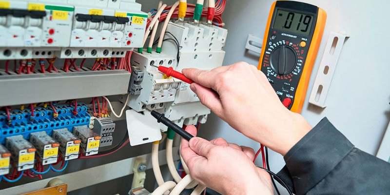 Після запуску нового ринку вартість електрики для промисловості в Україні стала на 20% вища, ніж у Європі