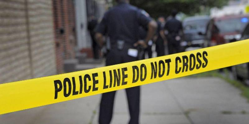 Американська поліція взяла під варту стрільця, який поранив шістьох офіцерів у Філадельфії (відео)