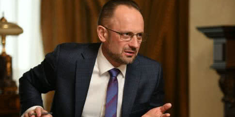 Безсмертний заявив, що позиція України у Мінську «не є ані жорсткою, ані конструктивною»