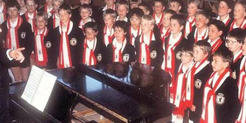 Дівчинка судиться з берлінським хором хлопчиків через гендерну нерівність