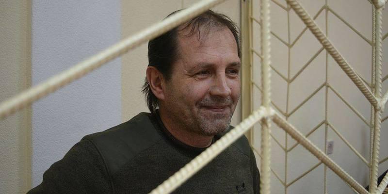 Кримського активіста Балуха вивезли до Москви