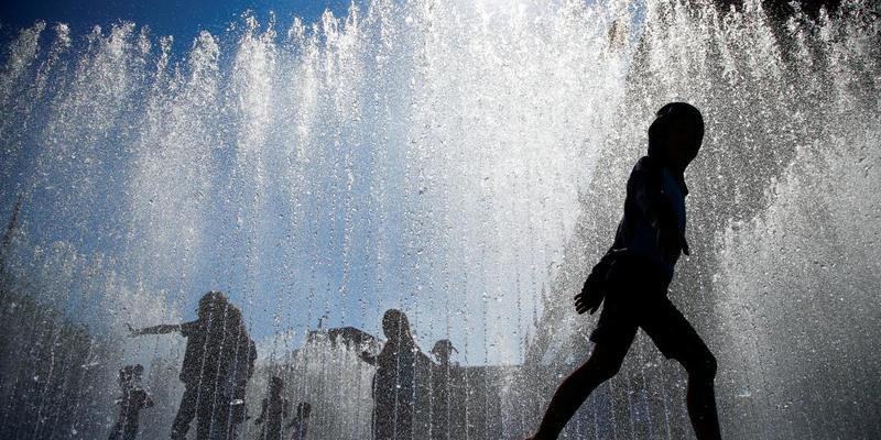 Розжарить до +37°: синоптик спрогнозувала пік спеки в Україні наступного тижня