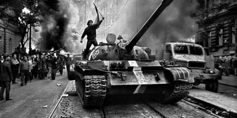 Цього дня 1968 року радянські війська зайшли до Чехословаччини для придушення «Празької весни»